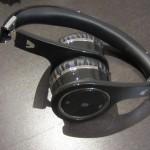 V7-bluetooth-headset