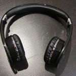 V7-bluetooth-headset2