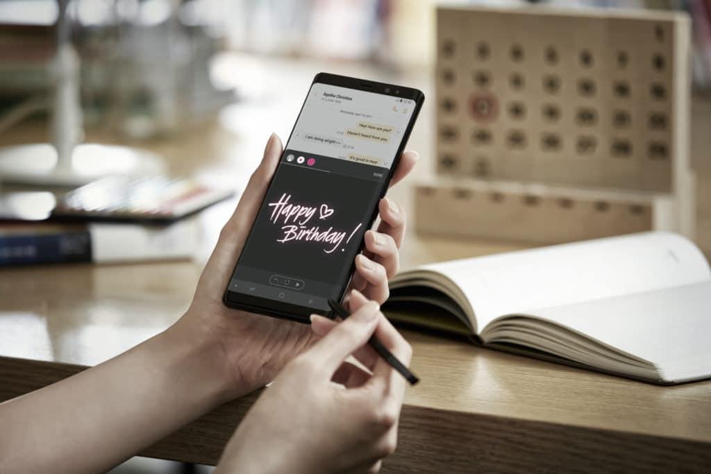 Neue Smartphones im Herbst - Es wird randlos! 1