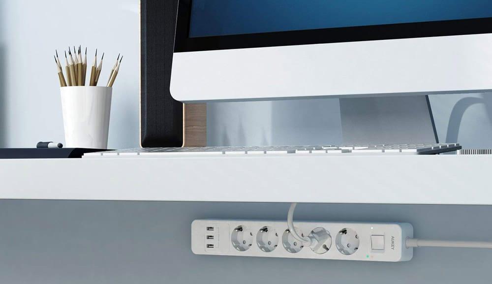 USB Solar Ladegerät & Steckdosenleiste - Neu von Aukey 3