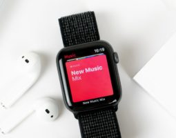 Bald: Spotify Streaming nur über die Apple Watch 7